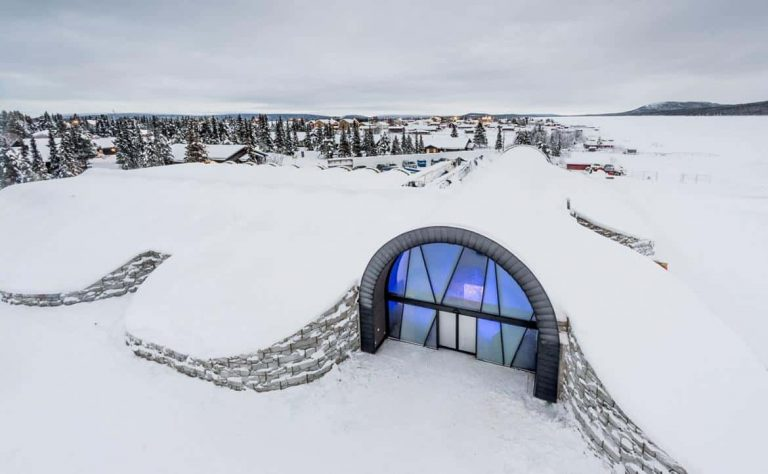 hotel-de-hielo-en-suiza-icehotel365-1