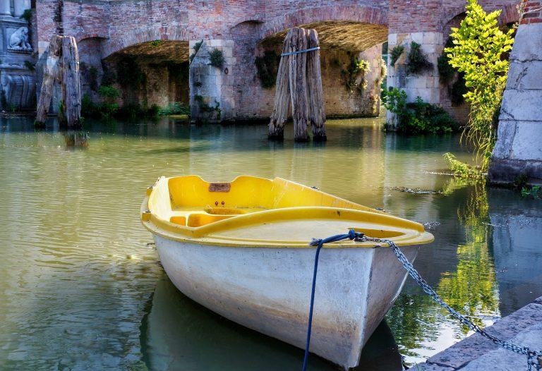 Verona-boat